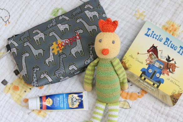 Thirty-One-Gifts-Giraffe-Print-Baby-Mini-Bag